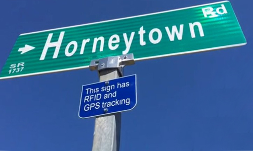 Horneytown – A Tale of Street signs and GPS tracker device